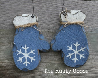 Blue Mittens, Country Blue Decor, Rustic Winter Decor, Rustic Holiday, Primitive Holiday, Holiday Door Hanger, Wood Holiday Decor