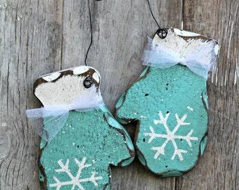 Turquoise Decor, Turquoise Winter, Turquoise Mittens, Retro Winter, Primitive Winter, Rustic Winter Decor, Teal Winter Decor, Holiday Decor