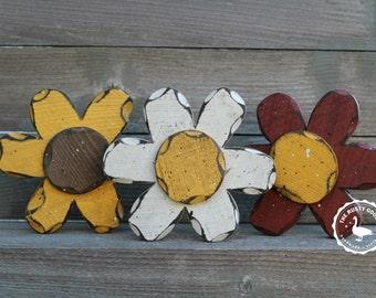 Rustic Flower, Rustic Spring, Primitive Spring, Primitive Flower, Summer Decor, Flowers, Rustic Daisy, Wood Flower, Primitive Daisy