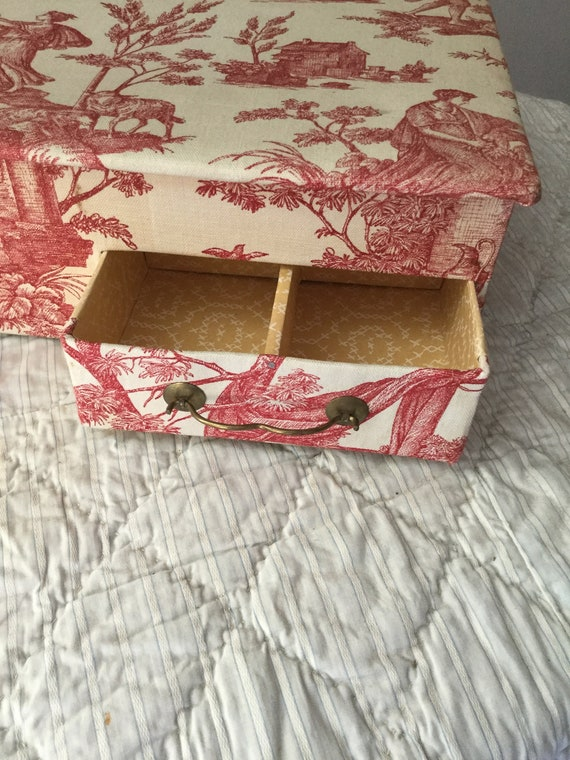 4b0c6bfc6f Toile de Jouy covered Vintage trinket box. French Home and Living