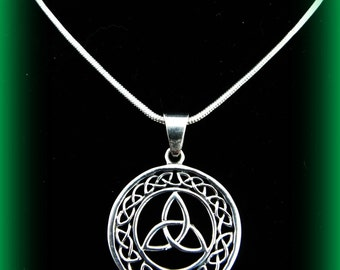Beautiful Sterling Silver Large Trinity Knot Celtic Irish Weave Necklace