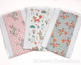 Woodland Animal Baby Burp Cloths Set of 3 | Woodsy Animals Burp Rags | Bears, Deer, Foxes | Woodland Baby Shower Gift | Ready to Ship