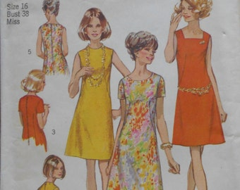 88dd2b62f887f1 Vintage 1970 Simplicity Sewing Pattern #8882 Misses' A-Line MOD Shift Dress  ~ Sz 16, Bust 38 UNCUT Factory Folded