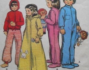 d1f1769c5a9 Vintage 1979 McCall s Sewing Pattern   6481 Toddler s Drop Seat Pajamas