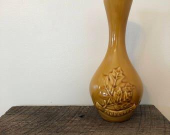 Vase canada - Vintage | Etsy UK on