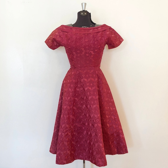 Vintage Pink Brocade Dress / Sm/Med / Boatneck Dr… - image 2