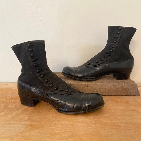 Antique Edwardian Black Boots / 8.5 N / Button Up