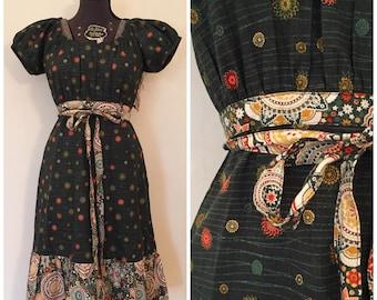 Vintage Green Floral Dress / Med/Large / Vintage Handmade Dress
