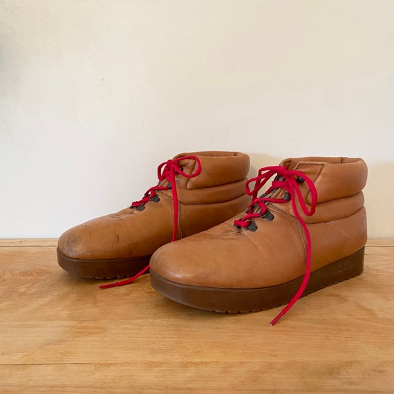 Vintage Men's Bass Hiking Boots / 10 Mens / Bass S