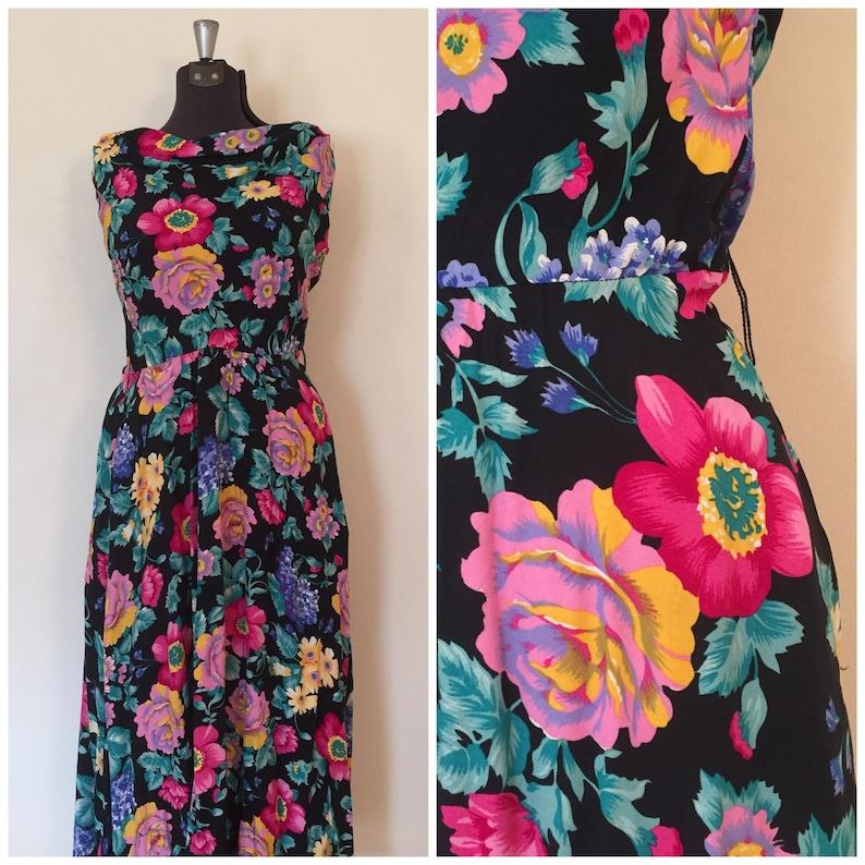 Vintage 80s Black Floral Dress  34 Waist  MedLarge  Garden Party Dress