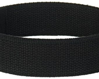 Custom: 2 1-inch D rings, 4.5 yards 1 inch black webbing, 4 ft 2inch black webbing