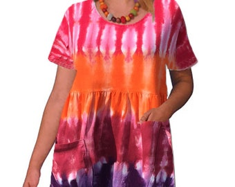 Multi-colored Short-Sleeved Tie-dye Dress
