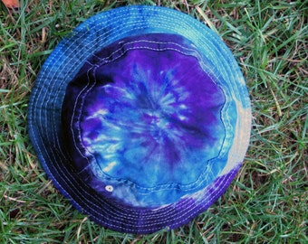 Tie-Dye Bucket Hat in Blue, Purple, and Gray