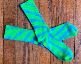 Turquoise and bright green Tie-Dye Bamboo Socks