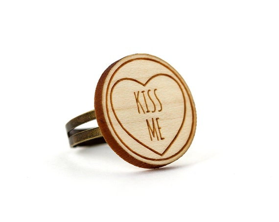 "Ring with heart and message ""Kiss me"" - romantic jewelry - graphic jewellery - Valentine's gift - engagement ring - lasercut maple wood"