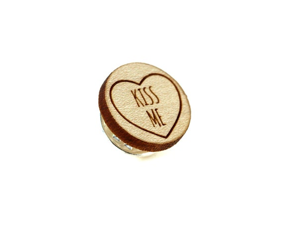"""Pin with message """"Kiss me"""" - graphic brooch - romantic accessory - not another enamel pin - graphic accessory - lasercut maple wood"""