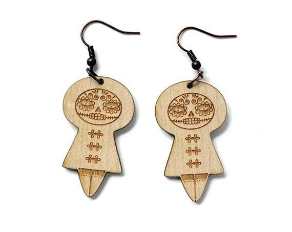 Mexican doll earrings - Santa Muerte earrings - Catrina doll - calavera jewelry - lasercut maple wood - matriochka - kokeshi - halloween