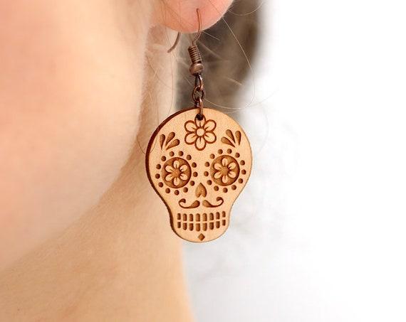 Mexican sugar skull dangle earrings in lasercut wood - calavera jewelry - Santa Muerte accessory - Catrina - halloween gift