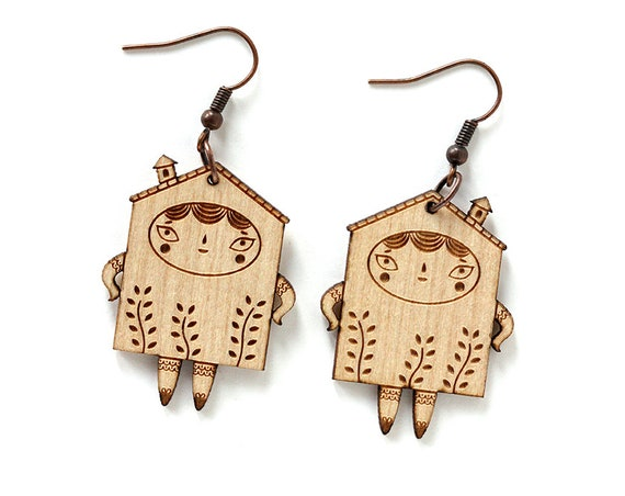 Wooden tiny house earrings - lasercut maple wood - cute little doll - architecture jewelry - lasercutting - gift for architect