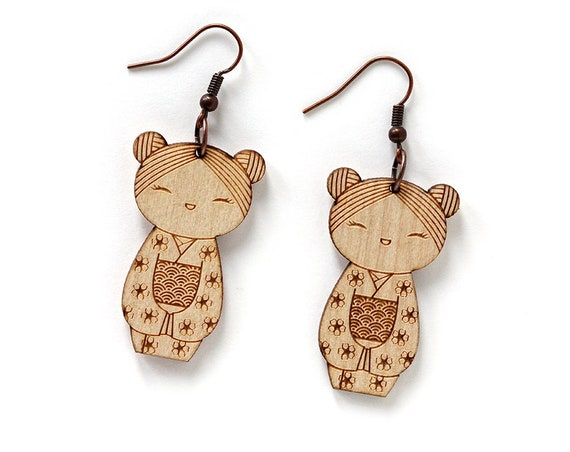Kokeshi earrings - lasercut maple wood - Japanese doll earrings - kawaii jewelry - cute jewellery - lasercutting - traditional character