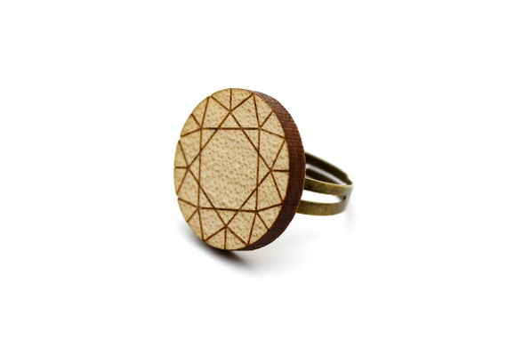 Diamond ring - trompe l'oeil - fake precious stone - round statement ring - lasercut maple wood - graphic jewelry