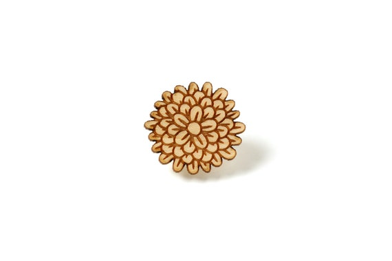 Marigold pin in lasercut wood - carnation flower brooch - dianthus accessory chrysanthemum - florist gift - gardener jewelry