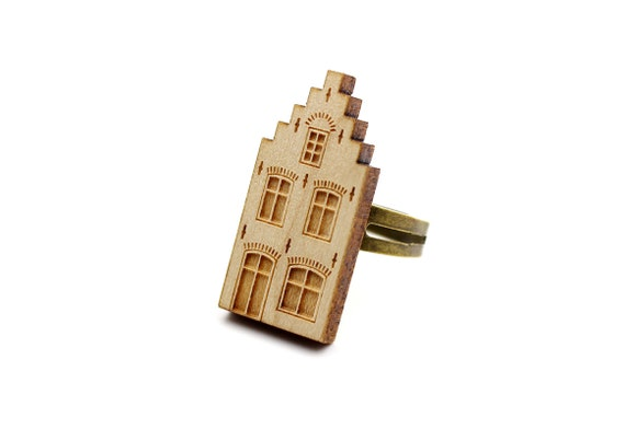 Dutch house ring - Amsterdam - Delft - Netherlands - architecture ring - lasercut maple wood - graphic jewelry - architect jewellery