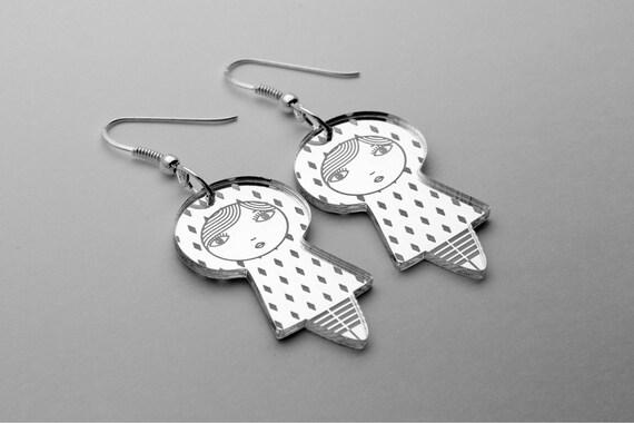 Diamonds doll earrings - cute matriochka jewelry - kawaii kokeshi jewellery - sterling silver findings - lasercut mirror acrylic - graphic