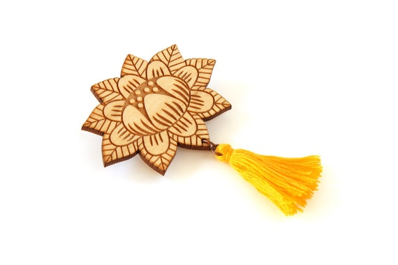 Flower brooch with tassel - yellow - wooden floral pin - stylized vegetal jewelry - folk jewellery - lasercut wood accessory