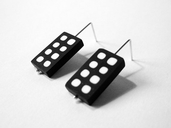 Black and white earring - graphic dots pattern minimalist design - sterling silver