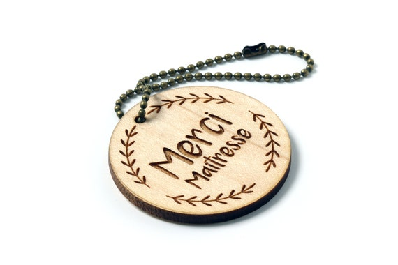 "Keychain with message ""Thank you teacher"" in lasercut maple wood with foliage pattern - end of the school year gift"