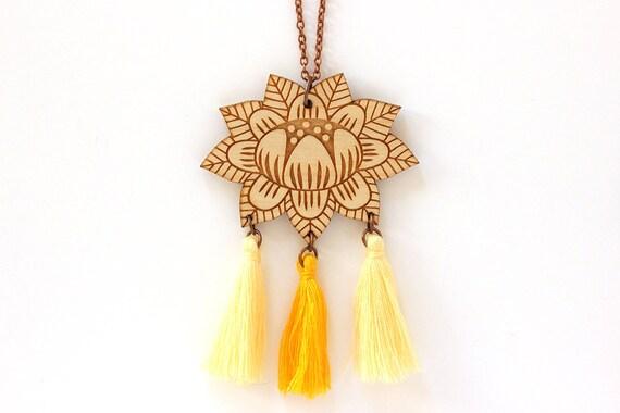 Wooden flower necklace with 3 tassels - yellow - light yellow - lasercut wood pendant - vegetal jewelry - folk jewellery - floral accessory
