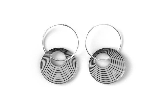 Statement hoop earrings in sterling silver and lasercut acrylic mirror - concentric pattern - graphic jewelry - stylish gift for her