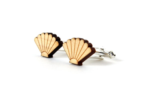Seashell cufflinks - scallop cuff links - shell wedding accessory - for men - for the groom - lasercut maple wood - father's day - for dad