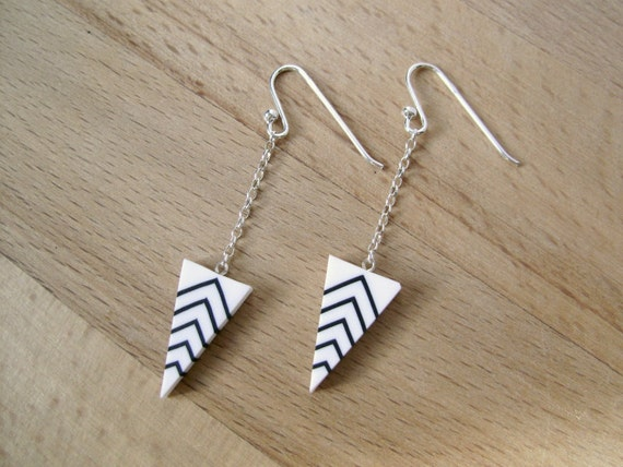 Art deco earrings - long triangle earrings - black and white - triangle sterling silver chain and hooks