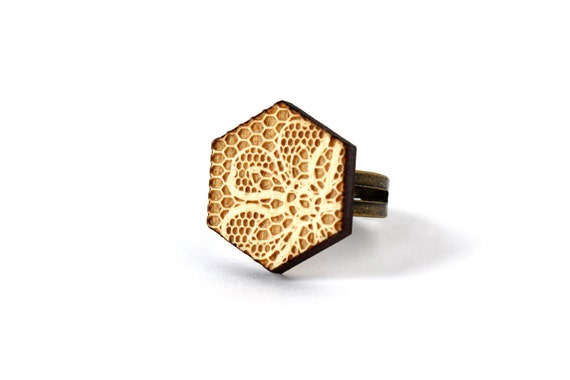 Hexagonal ring - lace pattern - hexagon wooden ring - geometric graphic jewelry - retro vintage graphic jewellery - lasercut maple wood