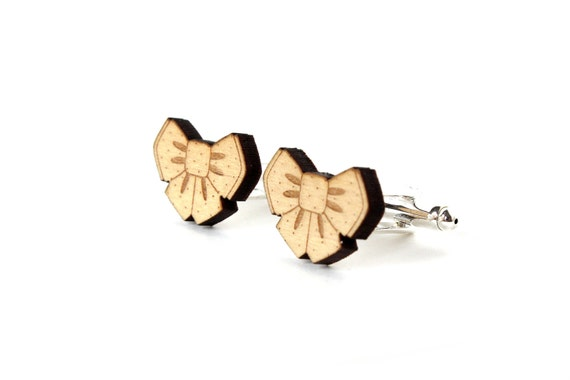 Wooden bowtie cufflinks in lasercut maple wood - bow cuffs for the groom - romantic wedding -  jewelry for men - bestman accessory
