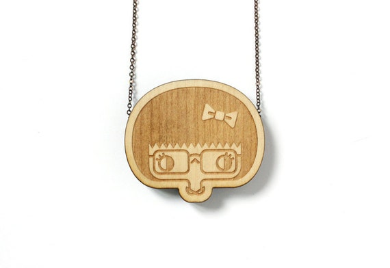 Wooden pendant Esther - laser engraved and cut - minimalist - cute - japanese - scandinavian - design - maple