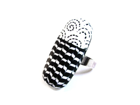 Graphic black and white ring - Sterling silver and polymer clay - OOAK
