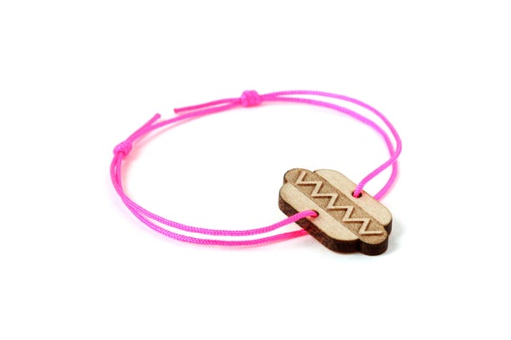 Hotdog bracelet - 25 colors - graphic hotdog - sandwich bangle - adjustable length - lasercut maple wood - unisex jewelry - customizable