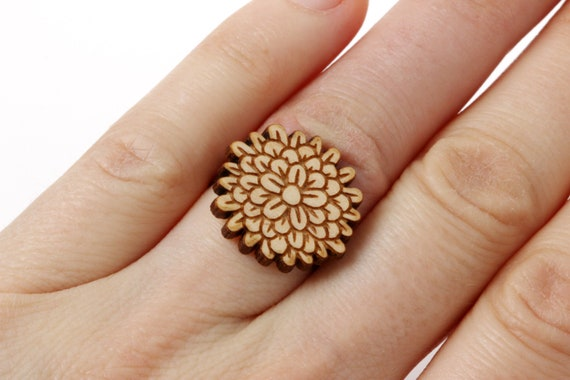 Carnation ring in lasercut wood - dianthus chrysanthemum flower jewelry - florist gift - gardener engagement proposal accessory