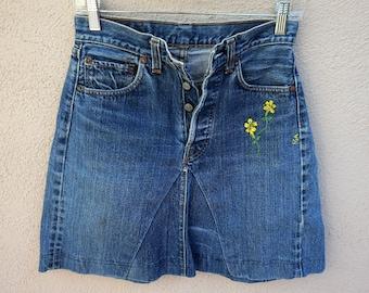 7d1e6032d4 SALE Vintage Levis Jean Miniskirt