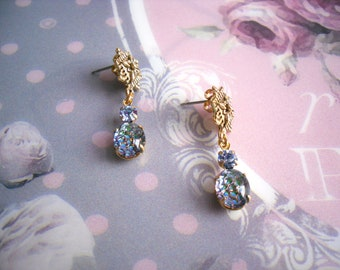 Vintage gilded stud earrings blue green Nymeria