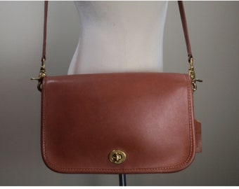 d873eeeca8b British Tan Leather COACH Bag Penny Pocket Crossbody Vintage Coach Bag  1990s Coach Crossbody Vintage Handbag Coach Convertible Crossbody