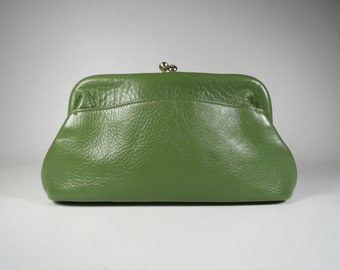 Vintage Pebbled Leather Handbag Petite Framed Bag Avacado Green Leather Bag Small Clutch Green Pebbled Leather Bag Vintage Green Clutch Bag
