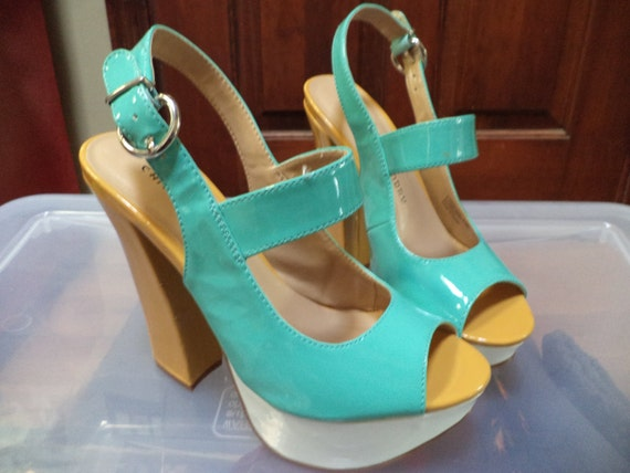 Chinese Laundry chunky  High Heel Shoes