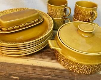 CONNEMARA CELTIC Yellow/Irish Fine Earthenware yellow dinner plates and Serving Pieces/Made Republic of Ireland/Mid Century Irish Pottery & Irish earthenware | Etsy