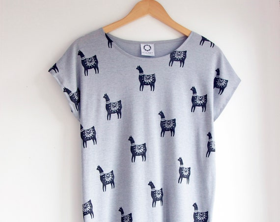 Llama Top in Marle Grey