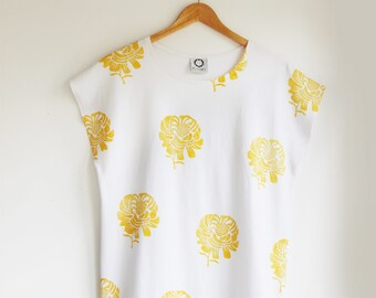 Golden Peony Oversized Tee in White Jersey, Yellow Flower Tee, Abstract Flower Tee, Giant Flower Tee, Floral Tshirt Dress, Gift for Her,