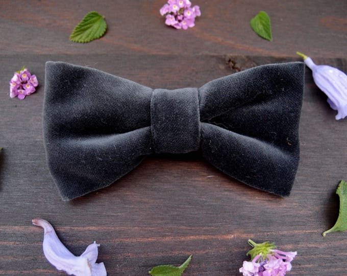 Gray Velvet  Bow Tie, Dark Gray Pre Tied Bow Tie, Grooms Bow Ties, Wedding Bow Tie, Groomsmen bow tie, Graphite Bowtie, Husband gift